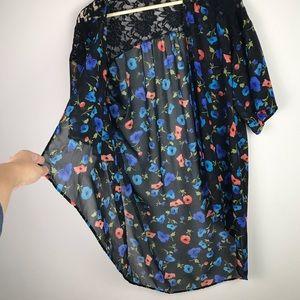 Tops - Poppy Flower Short Kimono Lace Shoulders M